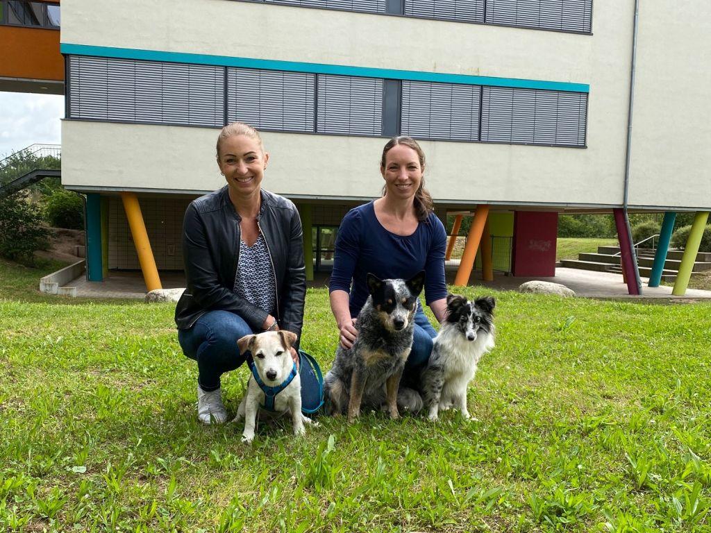 Schulhunde+Lehrkräfte